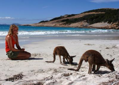 10-Day Adelaide To Perth Camping and Wildlife Adventure