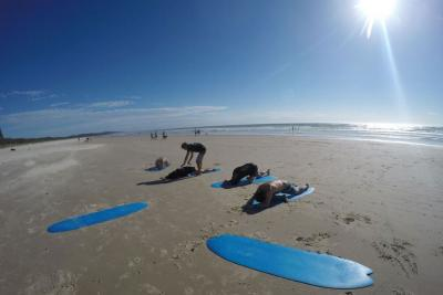 Surf lessons at Byron Bay
